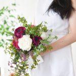 ラナンキュラスとピオニーのティアドロップブーケ (造花)