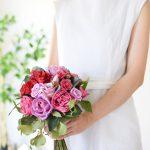 ピンクローズのクラシカルブーケ (造花)